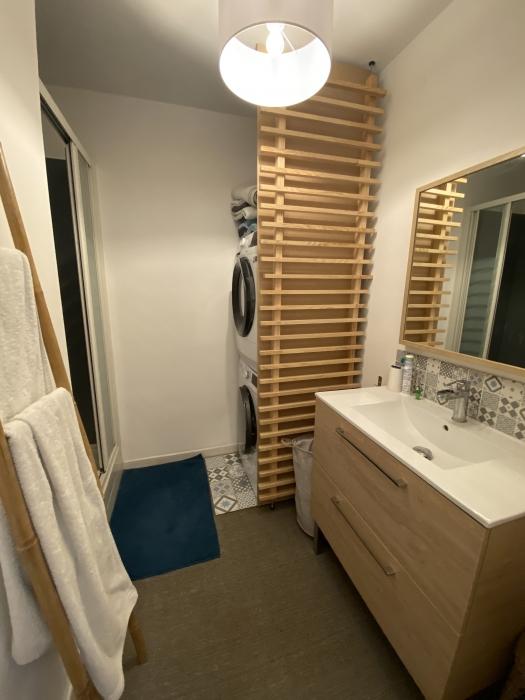 Appartement 3 chambres avec décoration soignée