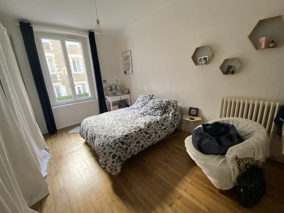 Appartement ancien rénové ….